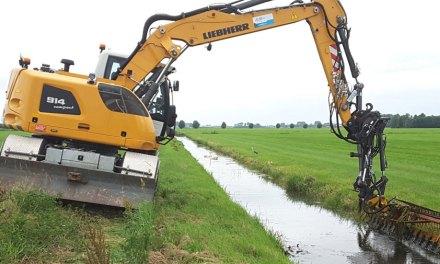 Waterschap maait enkele watergangen eerder voor betere wateraanvoer