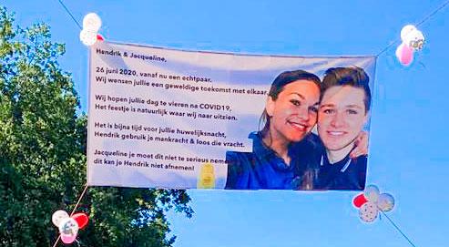 Bruidspaar Hendrik Knoll en Jacqueline Dijkstra felicitatie boamn Diek