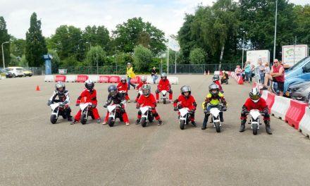 Kinderen kunnen leren motorrijden bij RACE-KIDS in Staphorst
