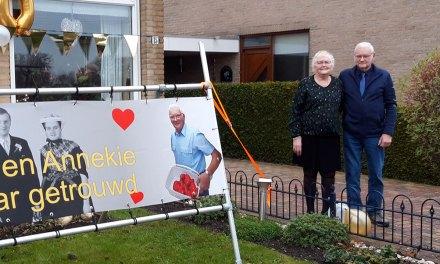Henk en Annekie Uiterwijk 50 jaar getrouwd