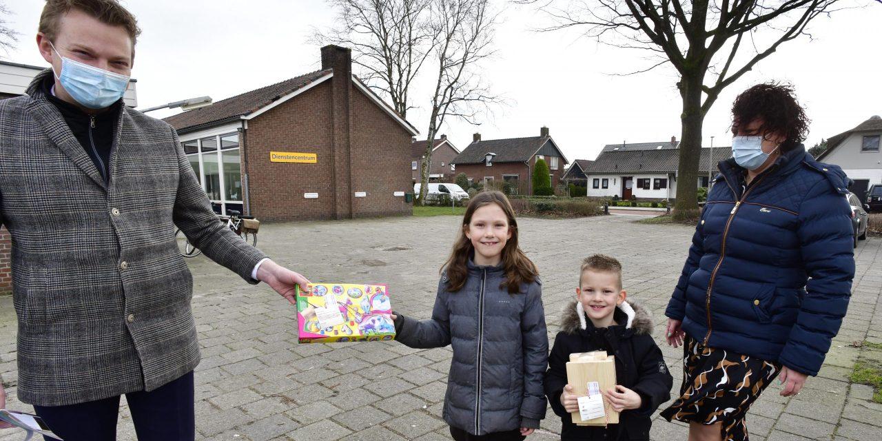 Ruim driehonderd bemoedigingspakketjes jeugd gemeente Staphorst