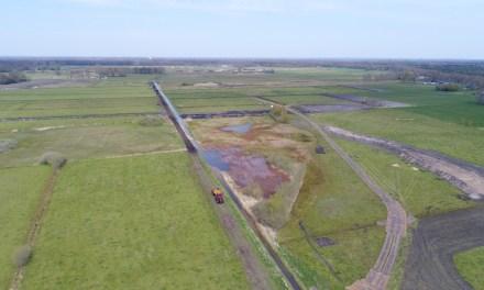 Plagwerkzaamheden in de Vledders bij IJhorst vorderen gestaag