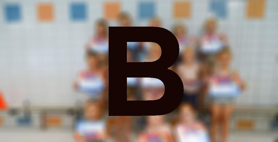 Ouders zwemmen mee tijdens B-examen