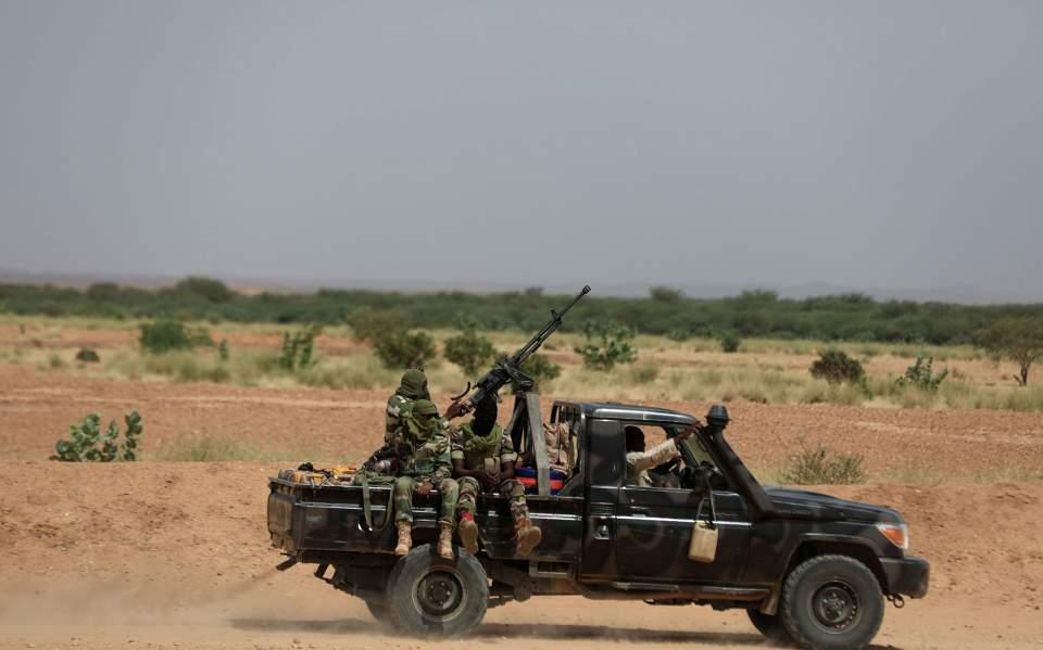 Νίγηρας: Ένοπλοι σκότωσαν έξι Γάλλους τουρίστες, τον οδηγό και τον ξεναγό τους | Κόσμος