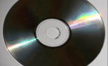 裏面の傷が消えた!傷が付いたCD・DVD お金かけずに直す方法
