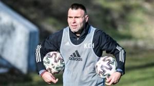 Хомаков за Любо Пенев: Мога да кажа много за него, но няма да кажа нищо заради феновете на ЦСКА