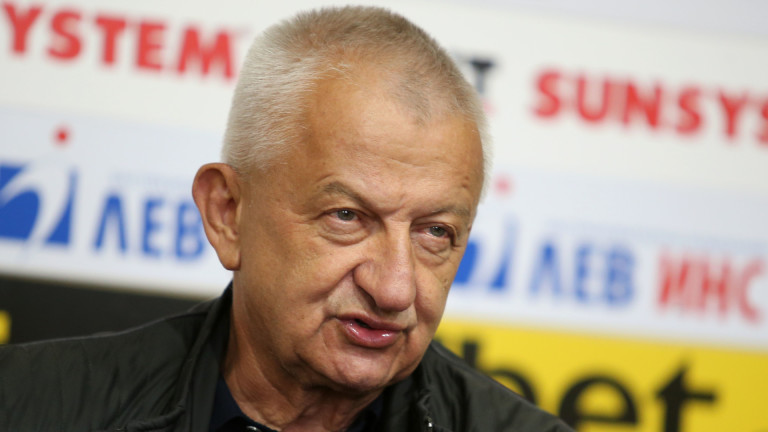 Христо Крушарски: Скоро ще започна да задавам въпроси на Емил Костадинов
