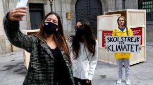 """Тунберг се ядоса на ЕС за забраната на думите """"мляко"""" и """"сирене"""" за вегански алтернативи"""