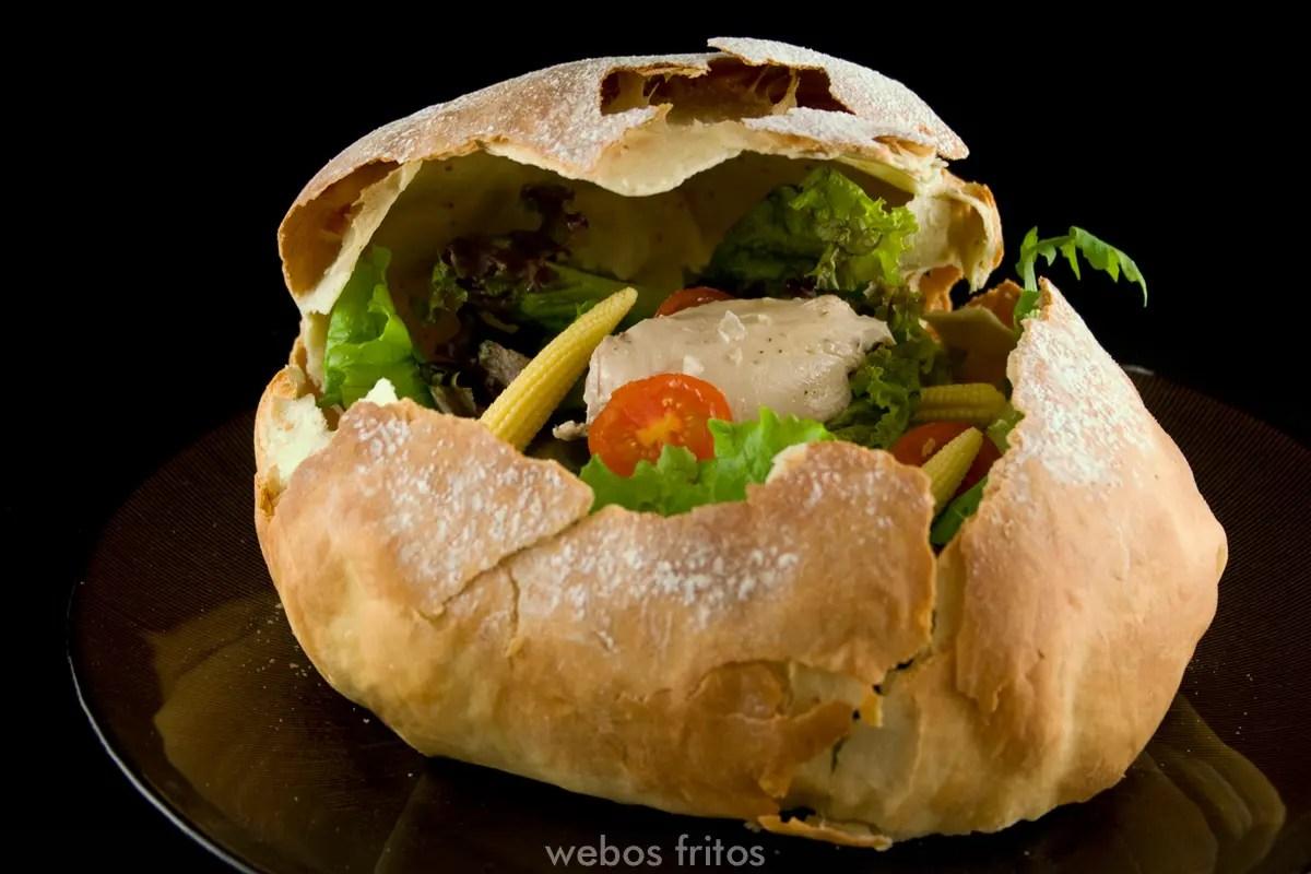 Pan kinder con sorpresa en el interior  webos fritos