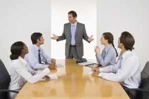La Filosofía puede tener un papel en entornos empresariales y de organizaciones