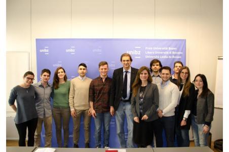 Rettore e prorettrice incontrano i rappresentanti degli studenti  Free University of Bozen