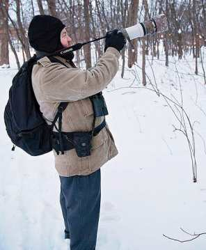 Mark Glenshaw searches for owls in Forest Park. / photo by Erin Shildmyer