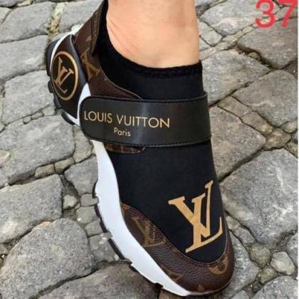 Louis Vuitton Classy Female Sneakers