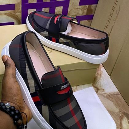 Burberry Men Shoe
