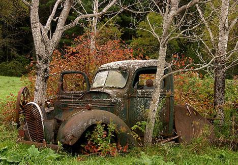 16 Abandoned Cars, Trucks, Buses, Tanks, Roads & Paths