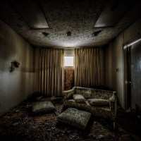 Looking Grave: 12 Spooky & Scary Abandoned Funeral Homes ...