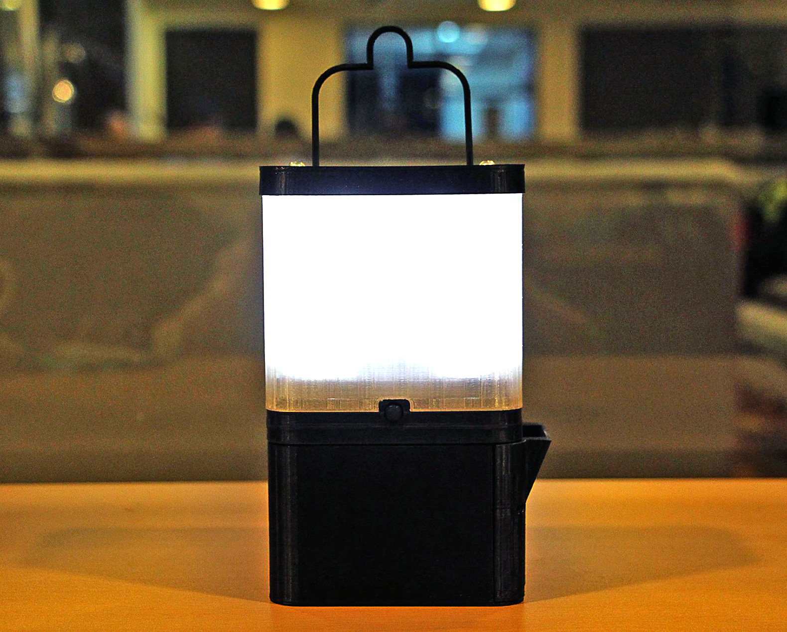 SaltPowered Lamp 8 Hours of Light from 1 Glass of Saltwater  Urbanist