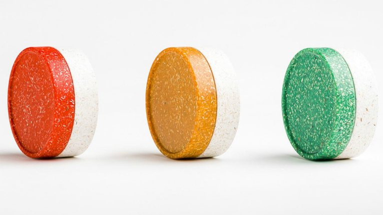 Plastic Could Be Fantastic Again if We Make It With These Natural Materials | Urbanist