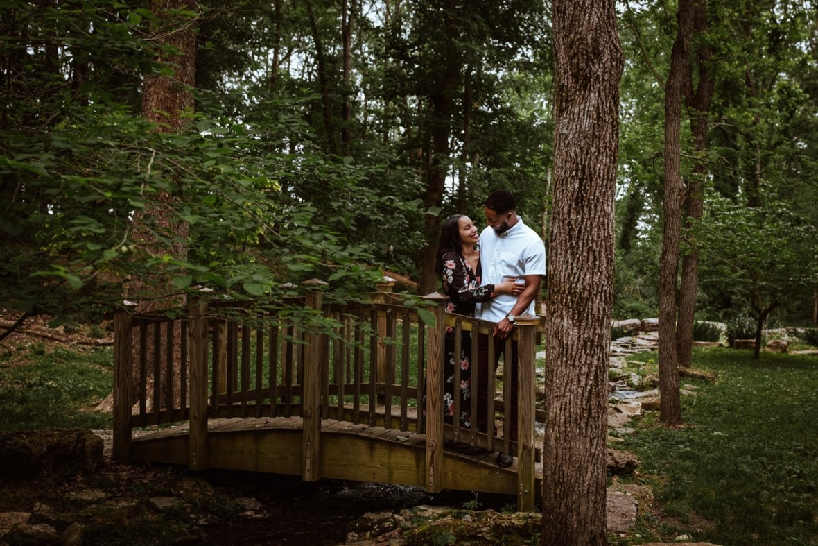 28_WCTM0339ab_Nature_Spring_Mahan_Photos_Creasey_Engagement_Goshen_Kentucky_Preserve