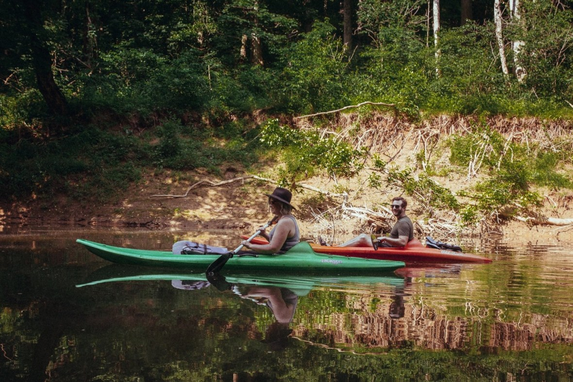 03_WCTM1279ab_Photos_Engagement_Canoes_Southern_Indiana_River_Blue_Country_Cave_Kayaking