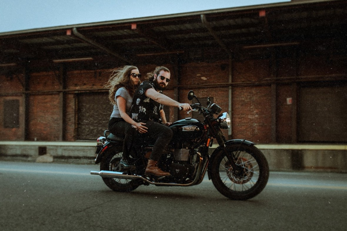 26_dustyWCTM1217ab_Southern_Indiana_Industrial_Session_Engagement_Motorcycle_Jeffersonville