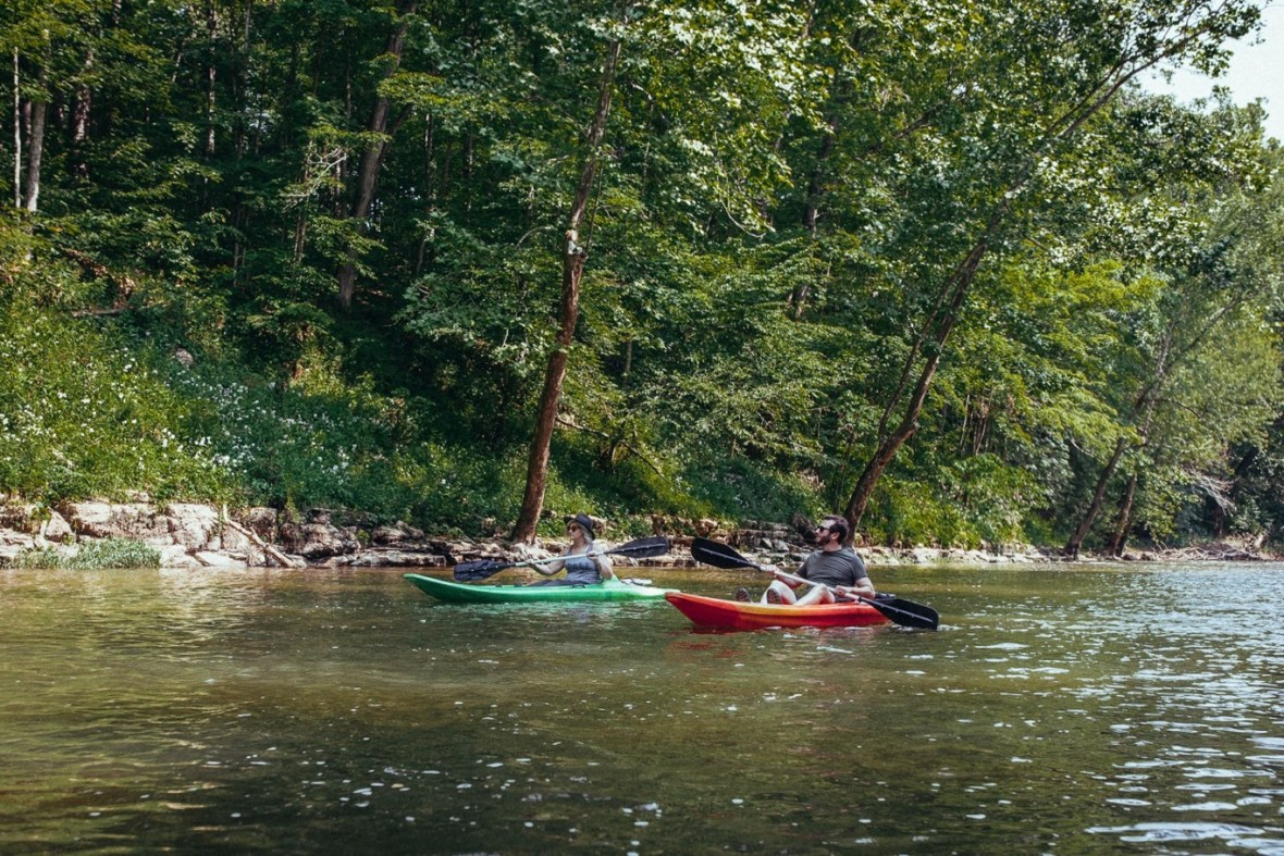 29_WCTM1364ab_Photos_Engagement_Canoes_Southern_Indiana_River_Blue_Country_Cave_Kayaking