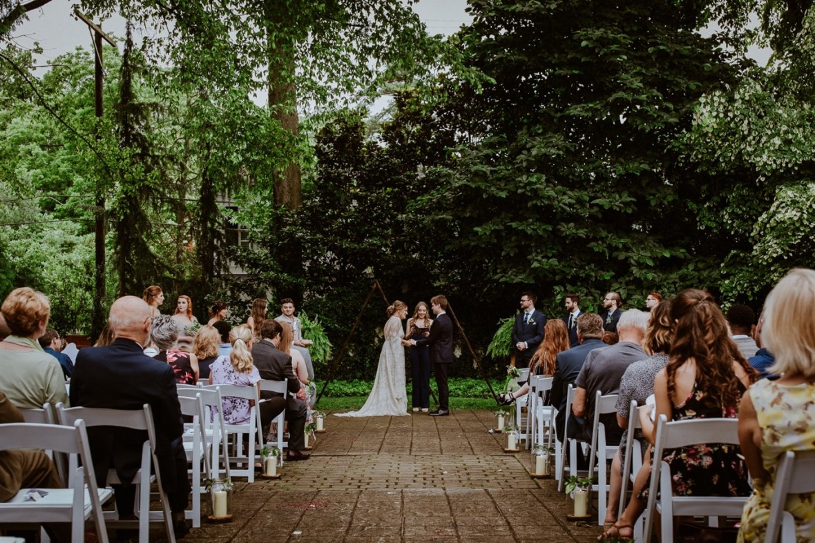 41_WCTM2242ab_Louisville_Summer_Kentucky_Wedding_Gardens_And_Whitehall_Mansion