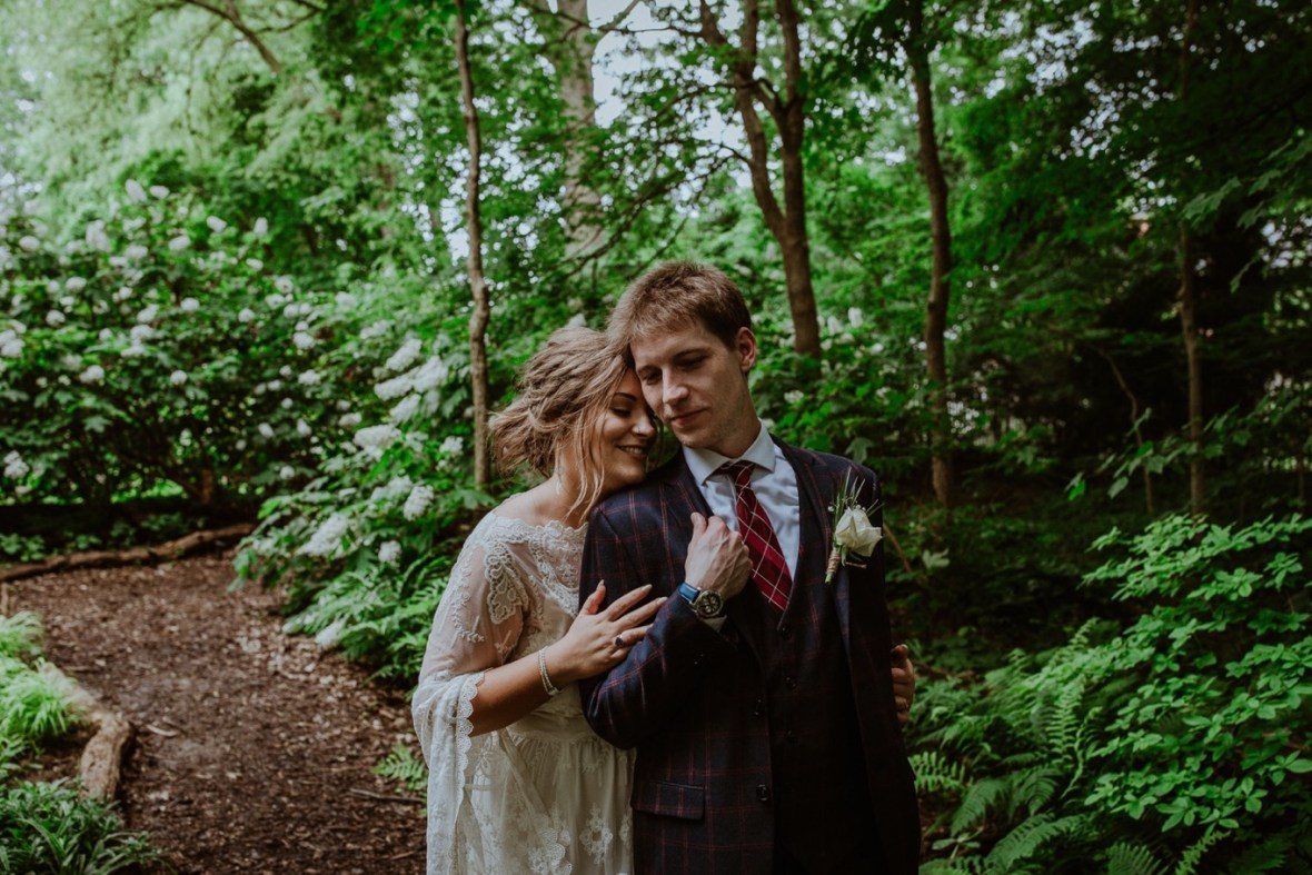 53_WCTM2656ab_Louisville_Summer_Kentucky_Wedding_Gardens_And_Whitehall_Mansion