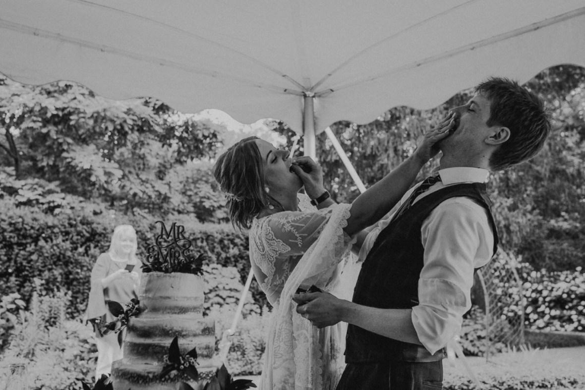 73_WCTM3160abwb_Louisville_Summer_Kentucky_Wedding_Gardens_And_Whitehall_Mansion