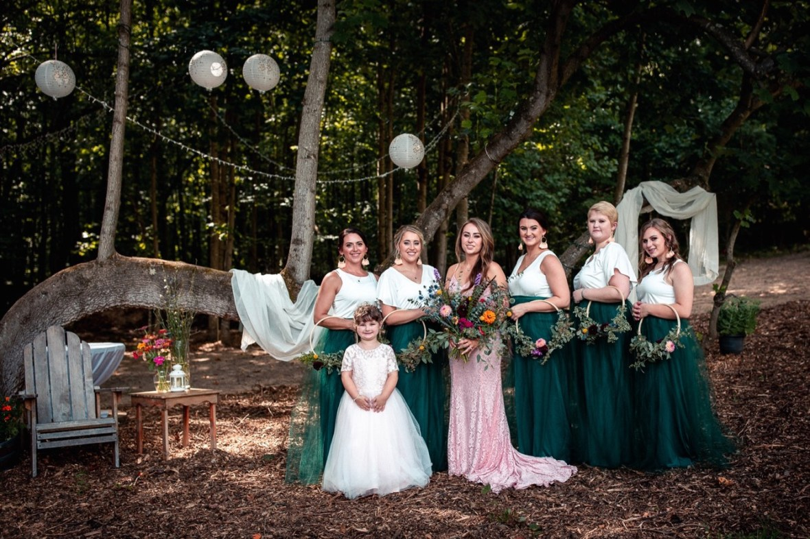 40_WCTM0685ab_County_Summer_outdoor_Woodsy_Kentucky_July_Meade_Wedding