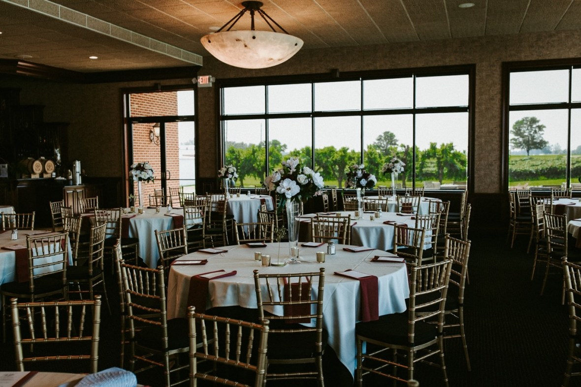 52_WCTM8918ab_Southern_Indiana_Summer_Winery_Wedding_Huber's_orchard_Vineyard
