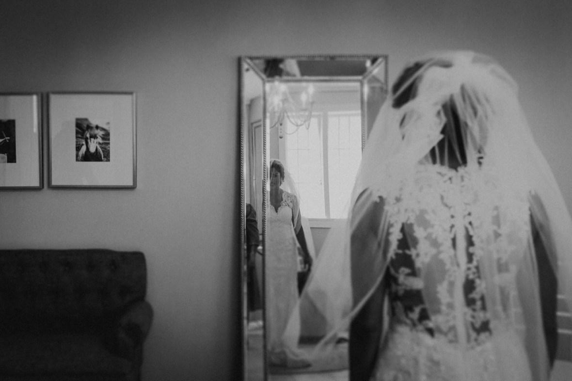 17_WCTM6499abwb_Versailles_Kentucky_Themed_Galerie_Summer_Wedding