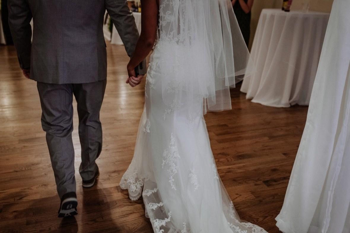 36_WCTM6737ab_Versailles_Kentucky_Themed_Galerie_Summer_Wedding