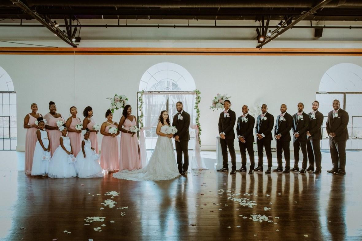 43_WCTM2655ab_Center_omni_Hotel_Summer_Louisville_Wedding_Art_Kentucky_Mellwood