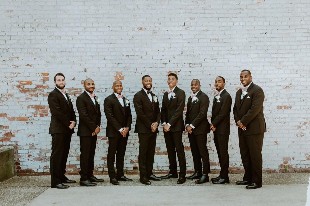 50_WCTM2132ab_Center_omni_Hotel_Summer_Louisville_Wedding_Art_Kentucky_Mellwood