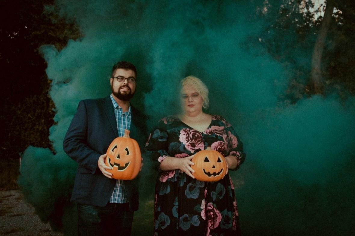 22_WCTM9898ab_Photos_Session_Pumpkins_Bombs_Smoke_Halloween_Mini_Louisville_Kentucky