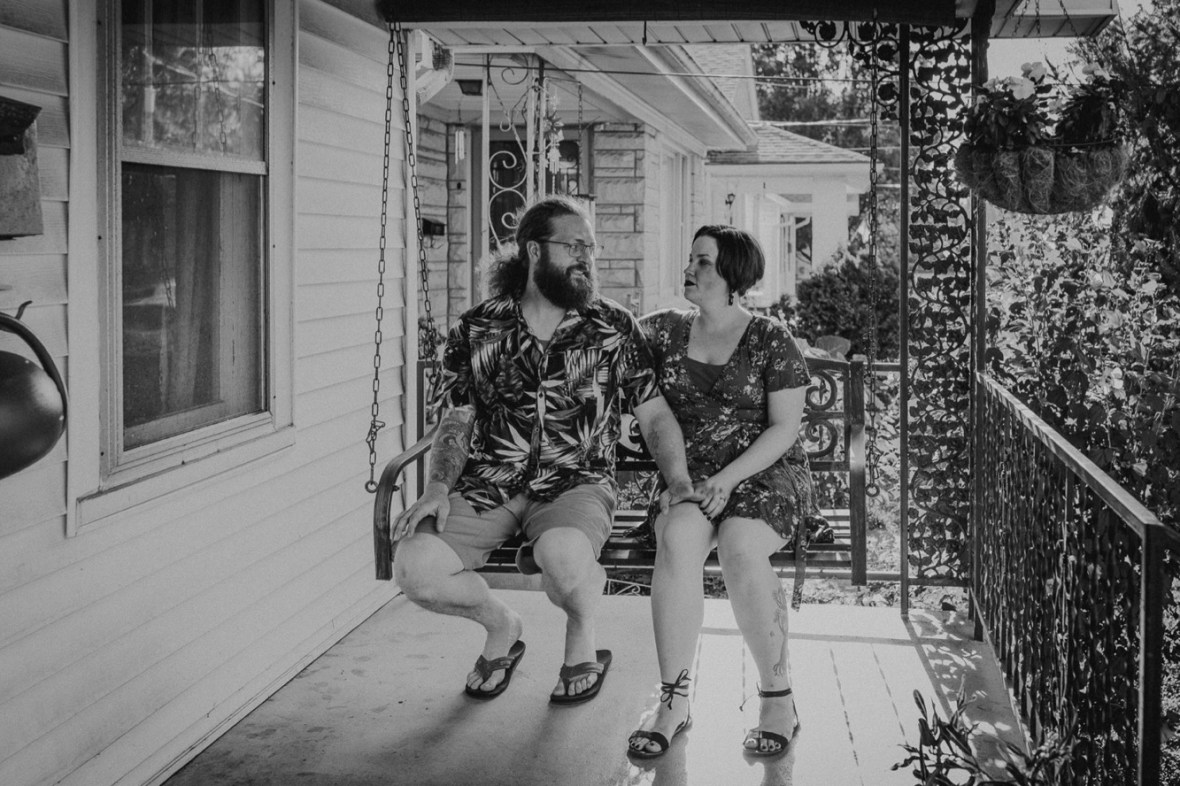 34_WCTM9352abwb_In_Louisville_Session_Kentucky_Home_With_Couples_Cats