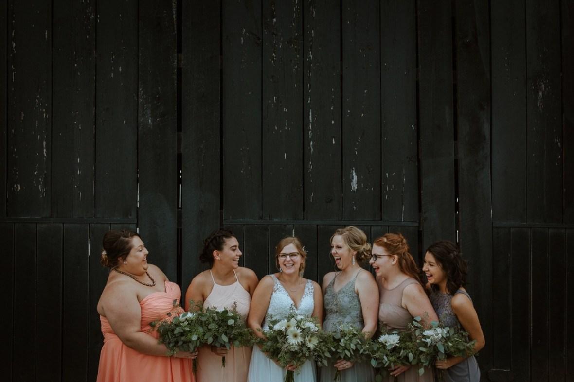 39_WPP020ab_Barn_Indoor_Shelbyville_Kentucky_Summer_Wedding