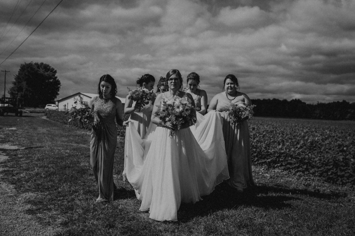 45_WPP041abwb_Barn_Indoor_Shelbyville_Kentucky_Summer_Wedding