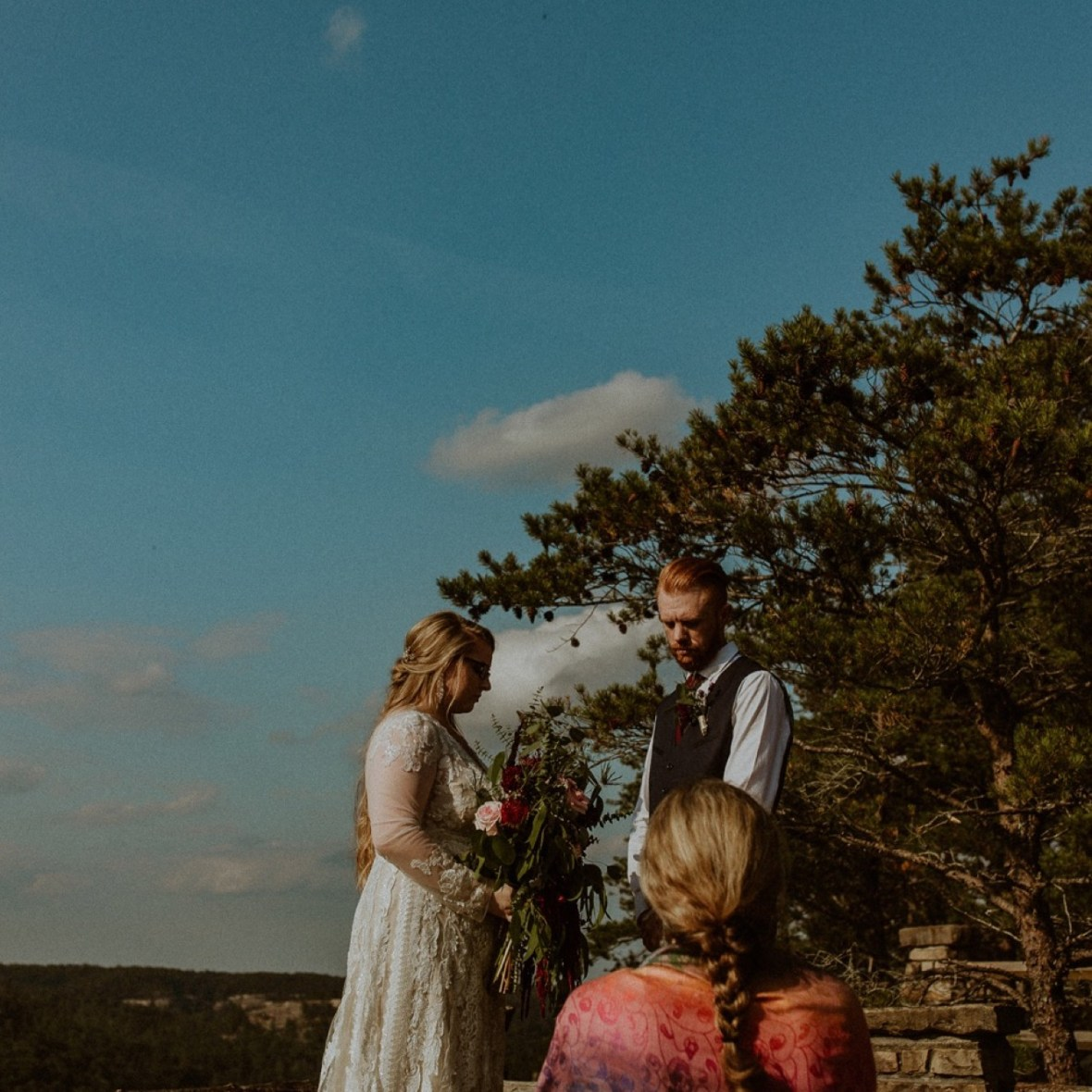 22_WCTM0777ab_Red_Wedding_River_At_Small_Chimney_Top_Gorge_Rock