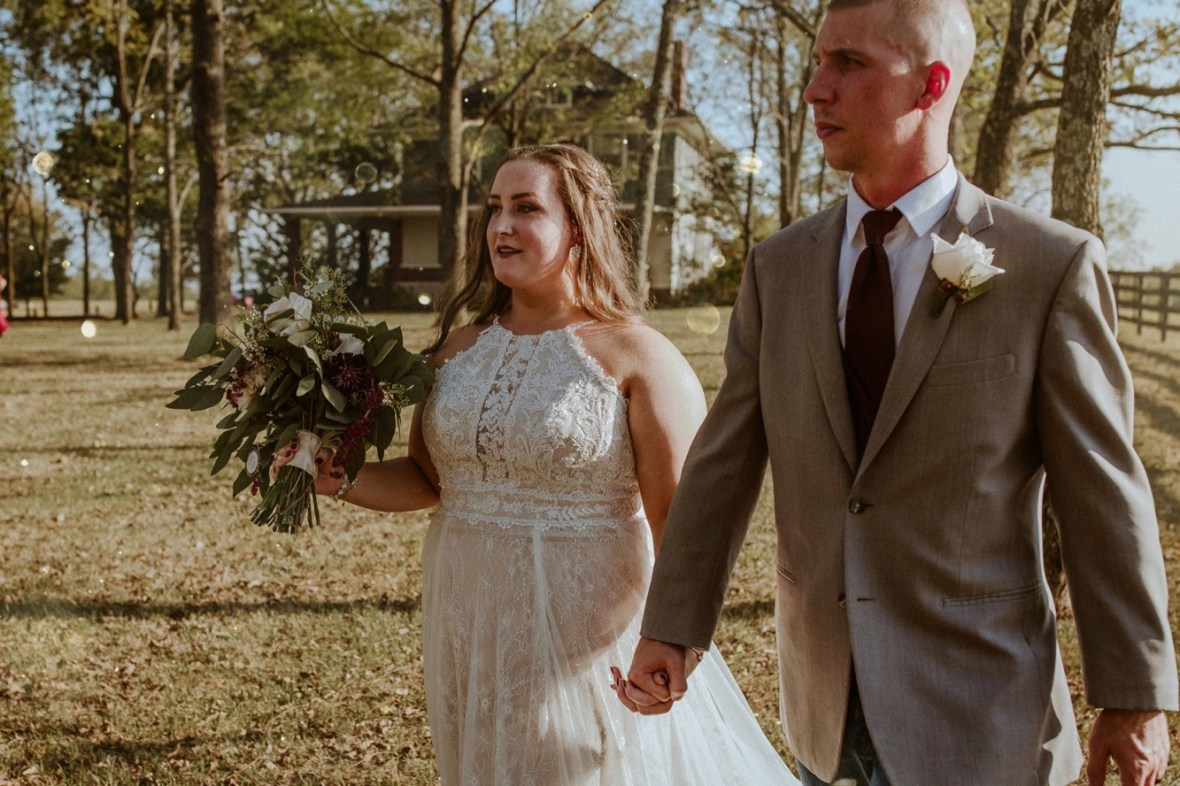 37_WCTM2301-Editaa_Rustic_Red_Wedding_Kentucky_Barn_At_Falling_orchard_Shelbyville