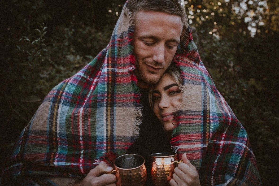 33_WCTM5925ab_Indoor_Louisville_Session_Fall_Kentucky_Pumpkins_Smoke_With_Bombs_Pug_Couples