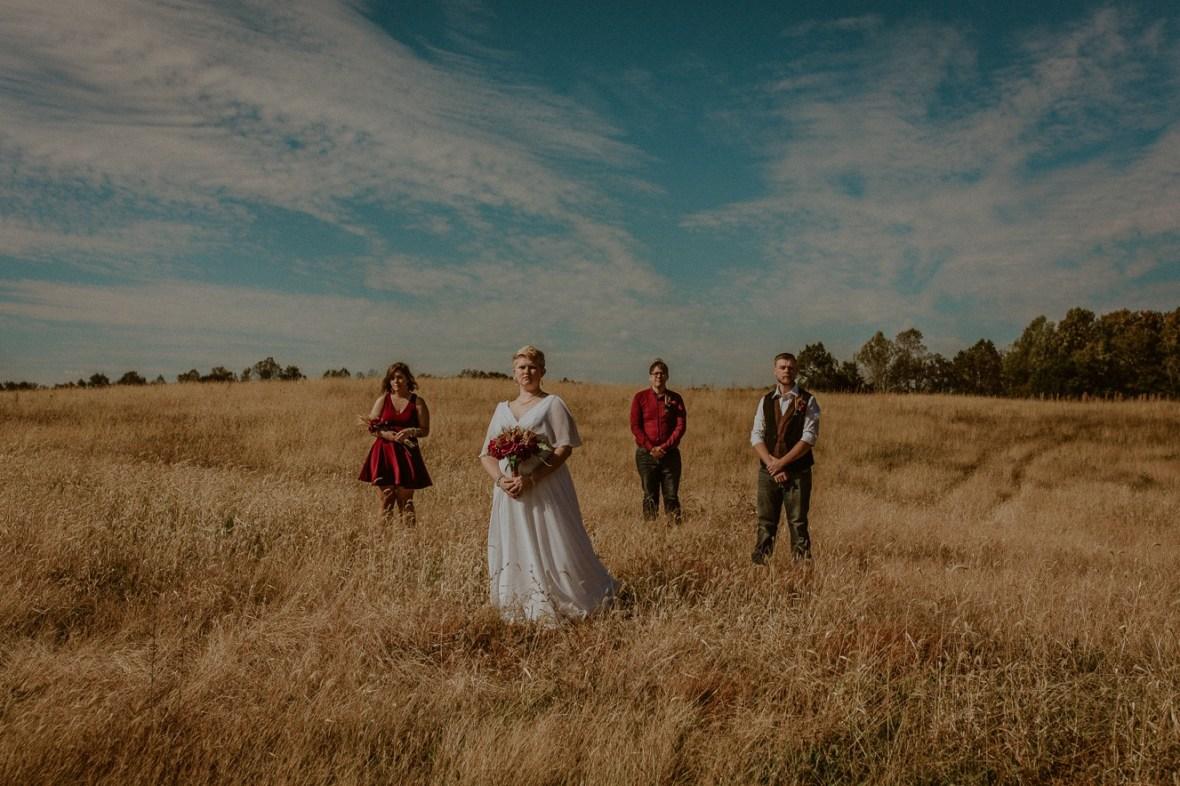 33_WCTM6227ab_Rustic_Indiana_Southern_october_Wedding_Corydon_Falling