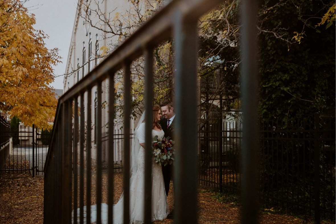 30_WCTM9964ab_Indiana_Fall_The_Jeffersonville_Wedding_Refinery_Late