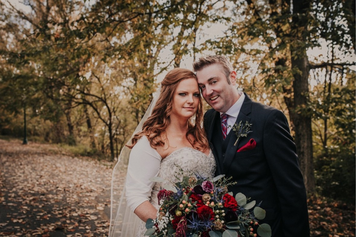 38_WCTM9840ab_Indiana_Fall_The_Jeffersonville_Wedding_Refinery_Late
