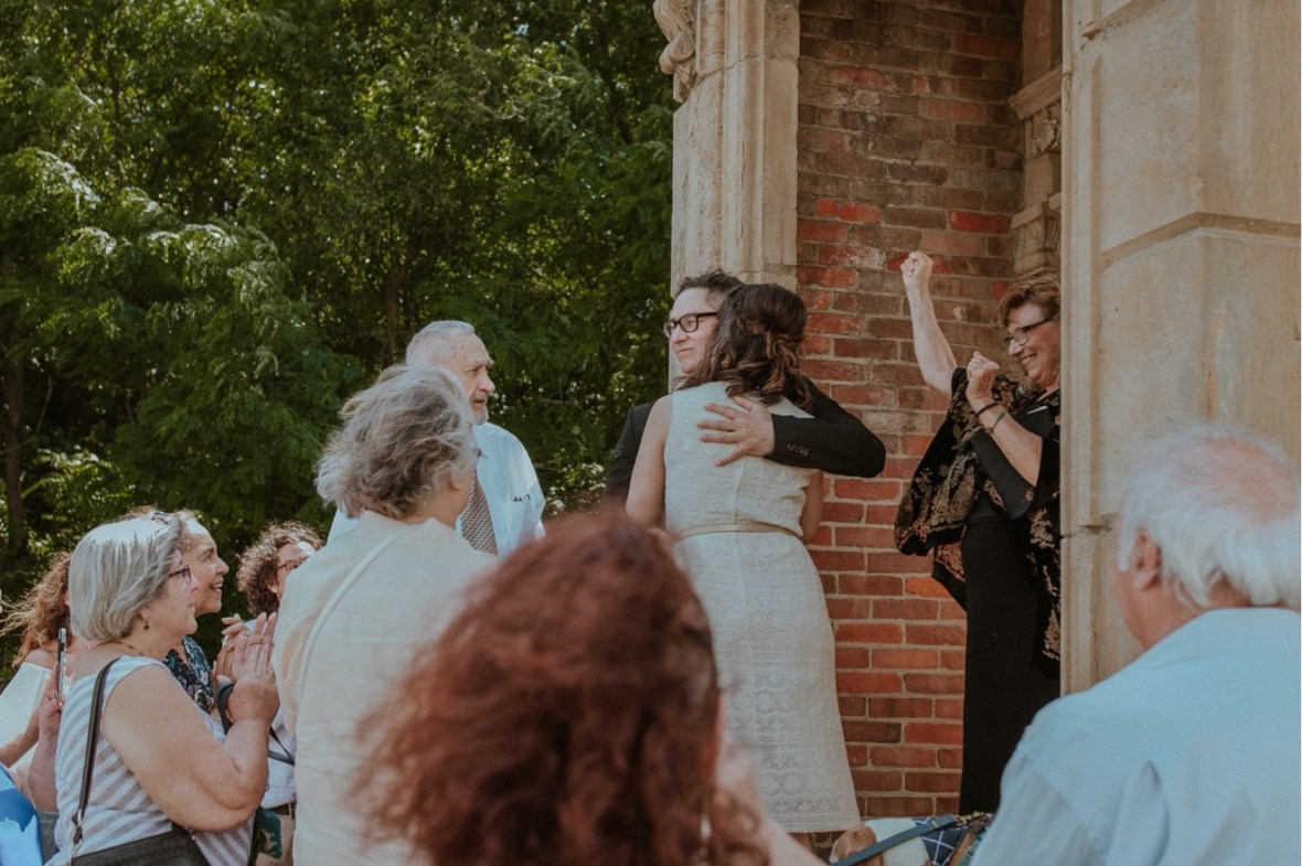 11_WCTM9904ab_House_Heigold_Facade_Louisville_Kentucky_Ceremony_Wedding