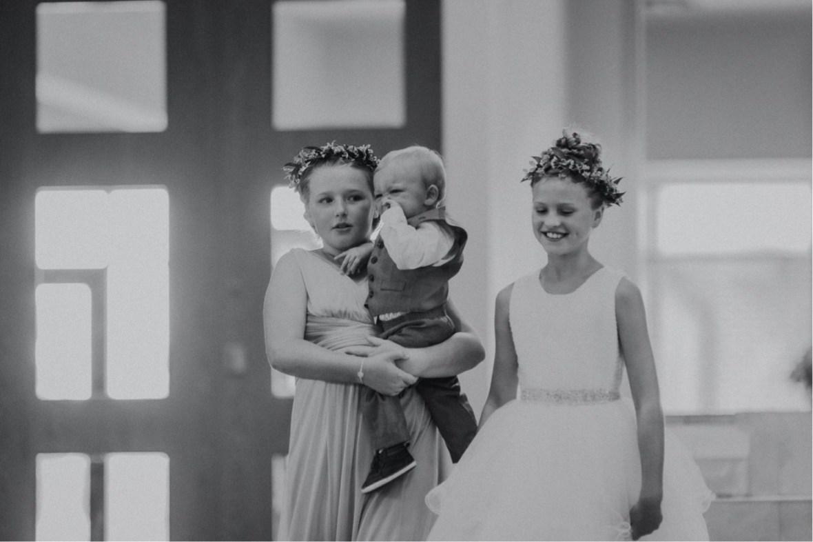 21_WTCM8624abwb_oldham_Rustic_Summer_County_Kentucky_Wedding_Grange_La_Crestwood