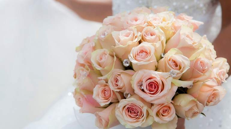 Hire a Wedding Florist