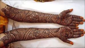 Beautiful Mehendi Looks Mughlai