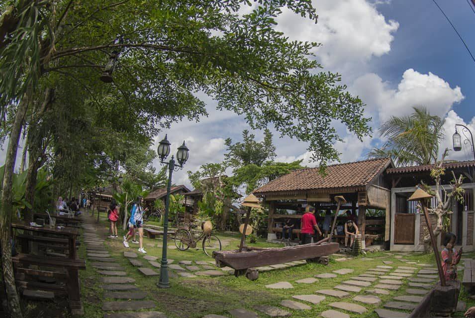 rumah makan di prambanan